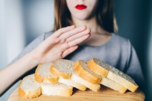 The difference between Celiac disease and gluten intolerance and sensitivity